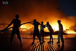 Cần sớm có báo cáo môi trường về vụ cháy tại Công ty Rạng Đông