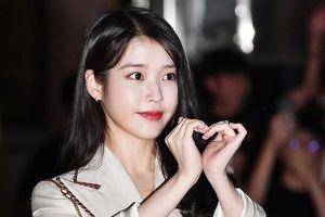 Em gái quốc dân Hàn Quốc - IU gây chú ý tại tiệc đóng máy phim ma