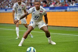 Memphis Depay ghi bàn…rời Lyon?