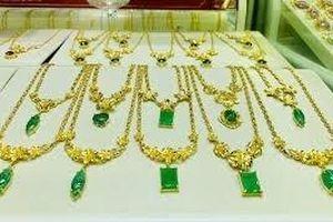 Giá vàng hôm nay 1/9: Vàng 9999, vàng SJC cùng giảm trong ngày mưa bão dịp nghỉ lễ