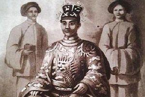 Hé lộ bí mật về vị vua Việt có tới 142 người con, xử tử cả bố vợ