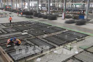 Hoạt động sản xuất của Trung Quốc giảm tháng thứ tư liên tiếp