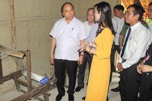 Thủ tướng Nguyễn Xuân Phúc thăm nhà lưu niệm Bác Hồ tại Cố đô Huế