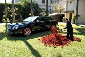 Tỷ phú Brazil chôn siêu xe Bentley gần 500.000 USD và thông điệp bất ngờ