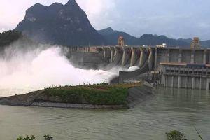 Xả tràn 42 hồ chứa thoát lũ do bão số 4