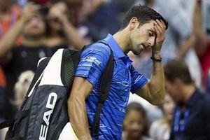 US Open 2019: Novak Djokovic bỏ cuộc, Federer tốc hành vào tứ kết