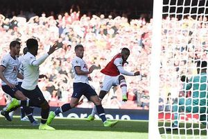Arsenal 2-2 Tottenham: Kịch tính màn 'rượt đuổi' tỷ số