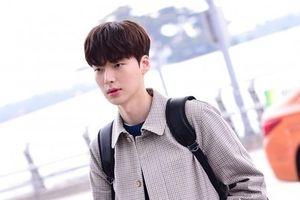 Mặc kệ Goo Hye Sun giải nghệ, Ahn Jae Hyun vẫn bình thản quay phim mới: Knet phản ứng thế nào?