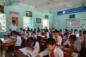 Chung tay giúp học sinh vùng cao Hòa Bình bước vào năm học mới