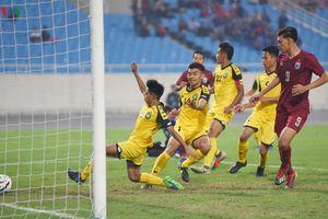 HLV Nishino gây bất ngờ khi gọi tiền đạo có phong độ kém đấu Việt Nam