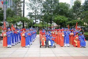 TPHCM: 100 cặp đôi hạnh phúc trong lễ cưới tập thể ngày Tết Độc lập