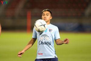 'Messi Thái' hăng say tập luyện, đòi đánh bại ĐT Việt Nam