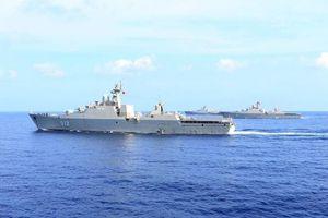 Cực hiếm cảnh 4 hộ vệ hạm Hải quân Việt Nam hội tụ trên Biển Đông