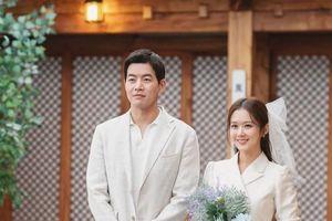 VIP: Tung poster bí ẩn của Jang Nara - Lee Sang Yoon và Lee Chung Ah, có tạo nên mối tình tay ba?