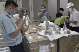 Hà Nội phát hiện nhiều vụ buôn bán sừng tê giác, ngà voi 'khủng'