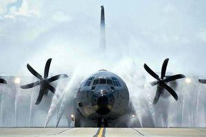 Máy bay 'bất tử' của Mỹ với nhiệm vụ đâm đầu vào mọi siêu bão