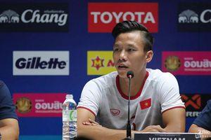 Quế Ngọc Hải trả lời đầy tự tin trong buổi họp báo, quyết đấu Thái Lan