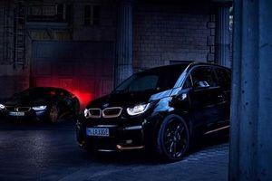 BMW ra mắt phiên bản i3 Edition RoadStyle và i8 Ultimate Sophisto Edition đặc biệt