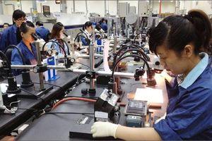 'Điểm nghẽn' nào khiến năng suất lao động Việt Nam mãi thấp?