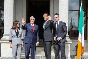 Phó Tổng thống Mỹ hứng chỉ trích vì thuê khách sạn của Trump ở Ireland
