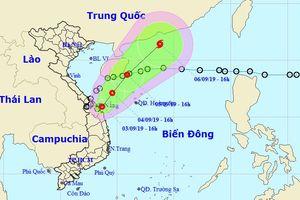 Áp thấp ngược ra biển, miền Trung vẫn mưa 2 ngày tới