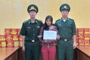 Bắt 2 đối tượng vận chuyển hơn 3 tạ pháo từ Trung Quốc vào Việt Nam