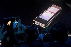 Galaxy Fold sẽ được bán tại Hàn Quốc vào ngày mai với giá cao ngất ngưởng