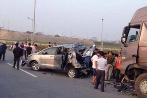 Thông tin mới nhất điều tra vụ xe Innova lùi trên cao tốc, 4 người chết
