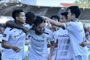 Cựu sao Thái Lan muốn đưa 3 cầu thủ HAGL về đội Á quân Thai.League