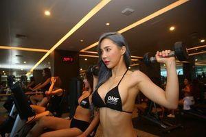 Ring Girl tích cực tập luyện cho sự kiện võ thuật tại TP.HCM