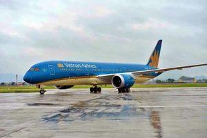 VNA hủy và đổi giờ nhiều chuyến bay do bão Ling Ling