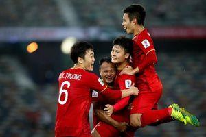 Liên đoàn bóng đá Việt Nam và Thái Lan: Ai trả lương cho HLV cao hơn?