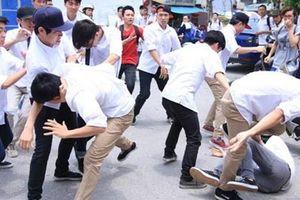 Thái Nguyên: Hai nam sinh xô xát khiến 1 người tử vong