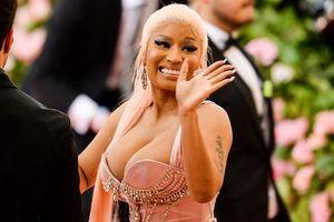 Nicki Minaj lên tiếng xin lỗi fan, khẳng định tuyên bố giải nghệ chỉ là… đường đột