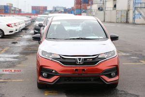 Tăng thuế, giá ô tô nhập khẩu có nguy cơ tăng mạnh