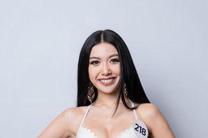 Thúy Vân và dàn thí sinh Hoa hậu Hoàn vũ Việt Nam diện bikini gợi cảm