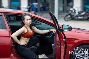 Hút hồn với dàn chân dài Việt đọ dáng xe ôtô Hyundai