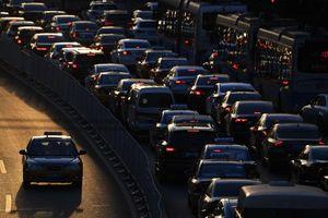 Trung Quốc tham vọng đưa xe điện đạt 60% doanh số ô tô năm 2035