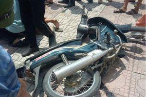 Táo tợn dùng vật nghi súng cướp ngân hàng giữa ban ngày ở Hà Nội