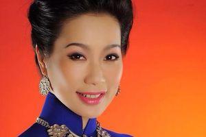 Á hậu Trịnh Kim Chi: 'Vợ chồng tôi không muốn con gái làm diễn viên'