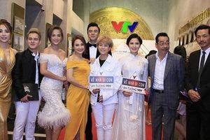 VTV Awards: NSND Trung Anh, Bảo Thanh 'Về nhà đi con' giành giải Diễn viên ấn tượng