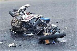 Tai nạn liên hoàn trên tỉnh lộ, 2 thanh niên tử vong