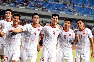 HLV Hiddink: 'Cầu thủ Trung Quốc học được nhiều điều từ trận thua Việt Nam'