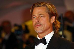 Brad Pitt trải lòng khoảng thời gian cai nghiện rượu hậu ly hôn Angelina Jolie