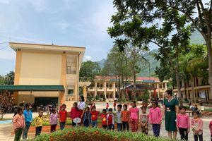 Trường học hạnh phúc - bắt đầu từ thân thiện, gần gũi