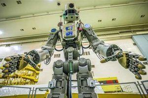 Robot Fedor của Nga đã trở về Trái đất an toàn