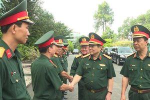 Clip: Đại tướng Ngô Xuân Lịch thăm Bệnh viện Quân y 175