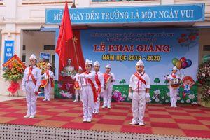 Hơn 180 trường học tại Nghệ An khai giảng muộn