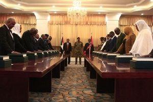 Sudan: Nội các chuyển tiếp tuyên thệ nhậm chức, công bố chương trình kinh tế 200 ngày