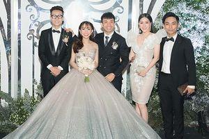 Vợ chồng Khánh Thi tình tứ dự đám cưới 'ái nữ' đại gia Minh Nhựa